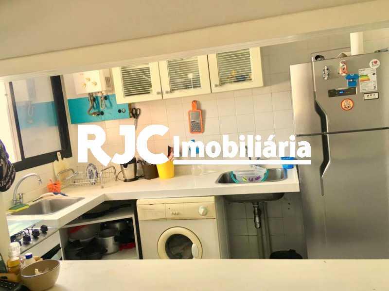 5. - Apartamento 2 quartos à venda Barra da Tijuca, Rio de Janeiro - R$ 790.000 - MBAP23884 - 6