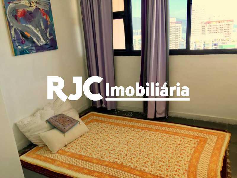 9. - Apartamento 2 quartos à venda Barra da Tijuca, Rio de Janeiro - R$ 790.000 - MBAP23884 - 10