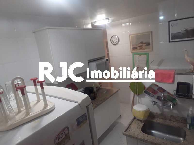 IMG-20190709-WA0028 - Apartamento 2 quartos à venda Copacabana, Rio de Janeiro - R$ 950.000 - MBAP23958 - 13