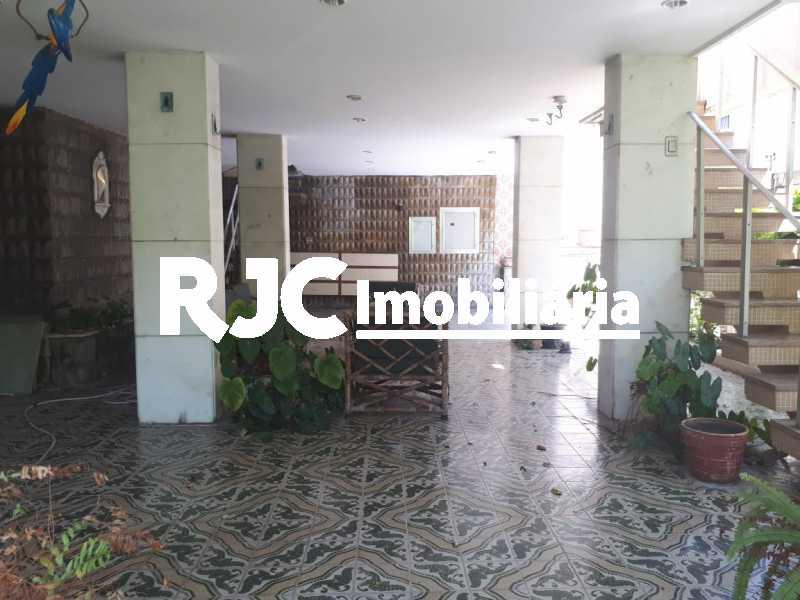 PHOTO-2019-03-28-17-11-33_1 - Casa em Condomínio 3 quartos à venda Tijuca, Rio de Janeiro - R$ 1.250.000 - MBCN30022 - 30