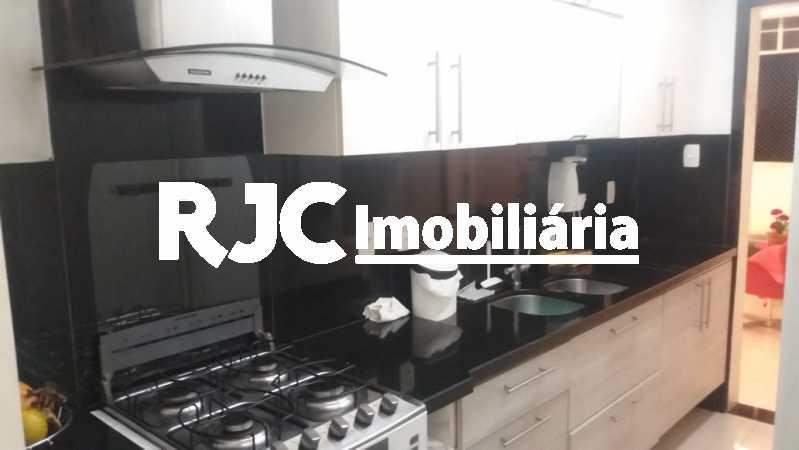 PHOTO-2019-02-27-08-26-20 - Apartamento 3 quartos à venda Laranjeiras, Rio de Janeiro - R$ 849.000 - MBAP32503 - 13
