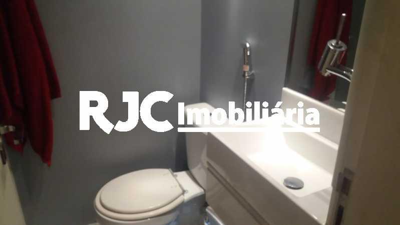 PHOTO-2019-02-27-08-26-26_1 - Apartamento 3 quartos à venda Laranjeiras, Rio de Janeiro - R$ 849.000 - MBAP32503 - 28