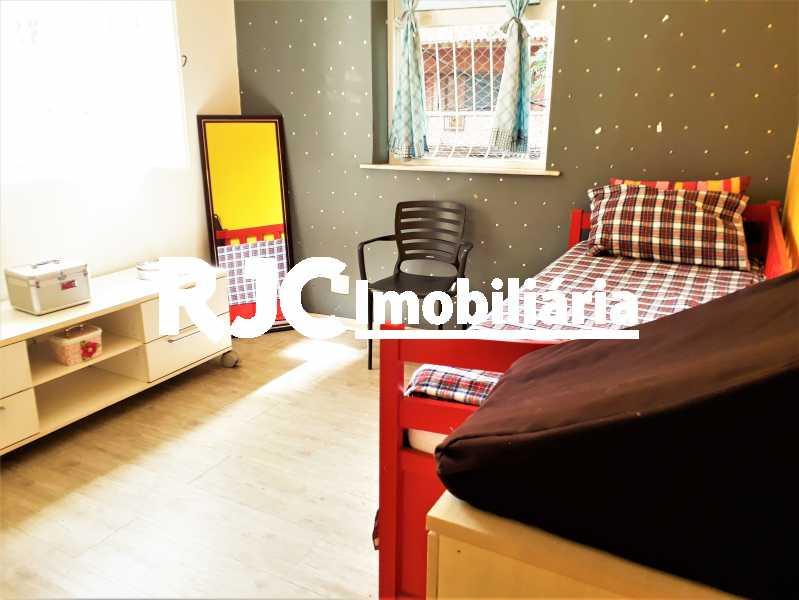 FOTO 18 - Casa 3 quartos à venda Tijuca, Rio de Janeiro - R$ 900.000 - MBCA30166 - 19