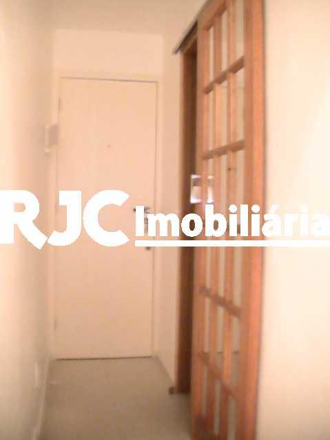 3-A7 - Apartamento 1 quarto à venda Copacabana, Rio de Janeiro - R$ 400.000 - MBAP10735 - 8