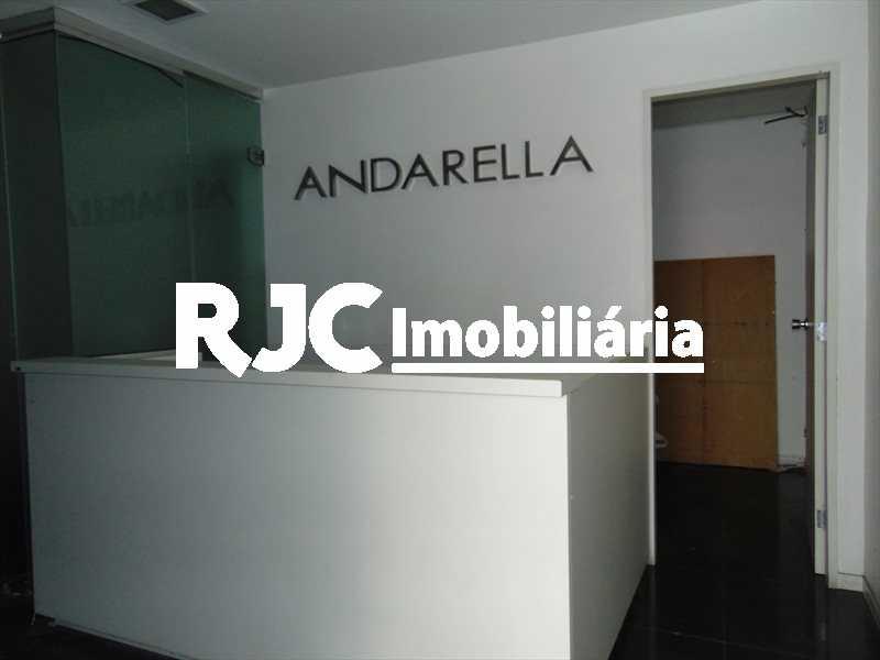 DSC01895 - Prédio 180m² à venda Tijuca, Rio de Janeiro - R$ 700.000 - MBPR00010 - 4