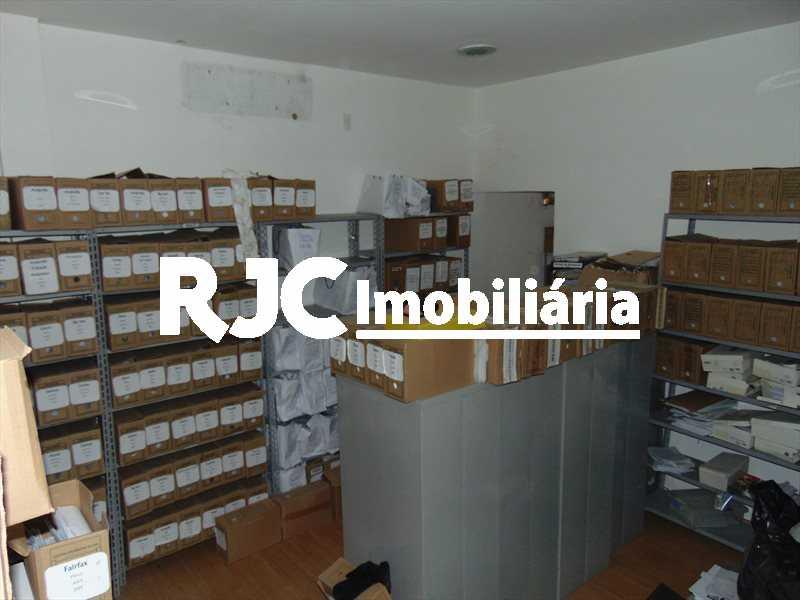 DSC01920 - Prédio 180m² à venda Tijuca, Rio de Janeiro - R$ 700.000 - MBPR00010 - 22