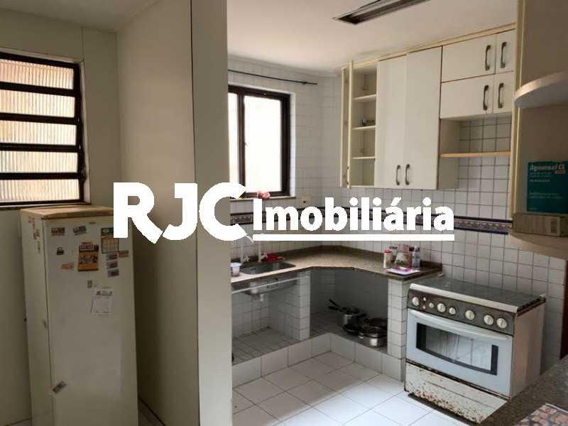 IMG_6595 - Casa 5 quartos à venda Grajaú, Rio de Janeiro - R$ 880.000 - MBCA50074 - 5