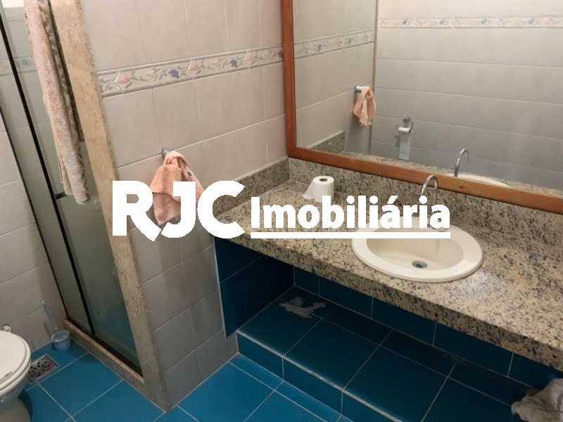 IMG_6617 - Casa 5 quartos à venda Grajaú, Rio de Janeiro - R$ 880.000 - MBCA50074 - 18
