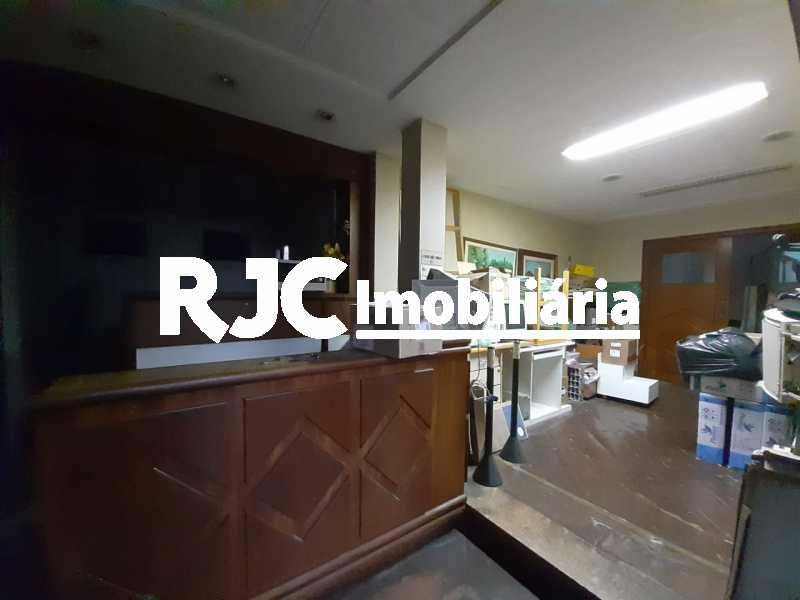 PHOTO-2019-09-18-12-12-01 - Casa 3 quartos à venda Tijuca, Rio de Janeiro - R$ 990.000 - MBCA30181 - 8