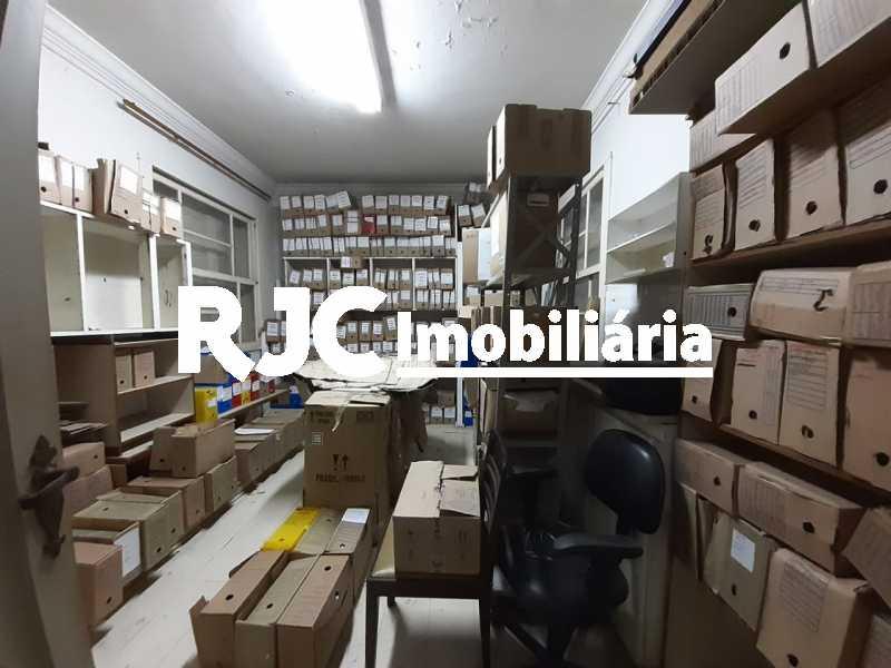 PHOTO-2019-09-18-12-12-03_1 - Casa 3 quartos à venda Tijuca, Rio de Janeiro - R$ 990.000 - MBCA30181 - 14