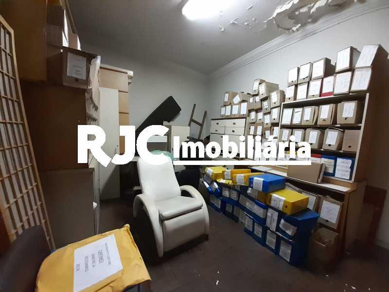 PHOTO-2019-09-18-12-12-03_3 - Casa 3 quartos à venda Tijuca, Rio de Janeiro - R$ 990.000 - MBCA30181 - 16