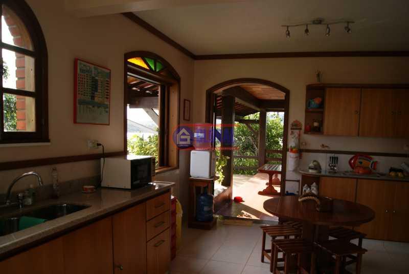 Kitchen access veranda - Casa 4 quartos à venda GUARATIBA, Maricá - R$ 950.000 - MACA40031 - 14
