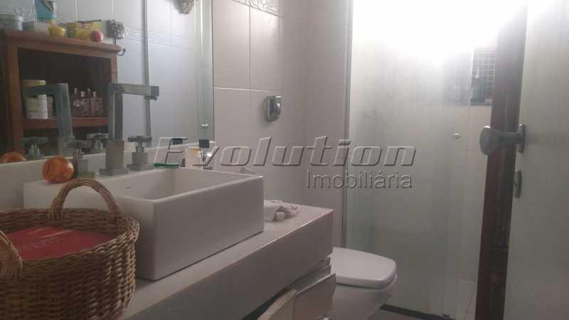 Banheiro suíte - Apartamento 85 m² na gleba B do Recreio dos Bandeirantes. - EBAP30018 - 5