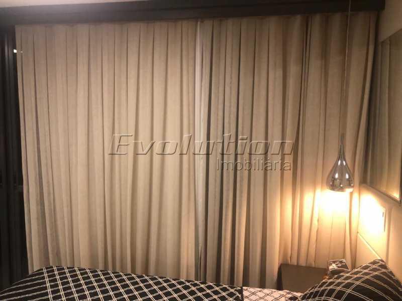 Suíte casal foto 1 - Casa finamente decorada por arquiteto no condomínio Enjoy. - EBCN40051 - 10