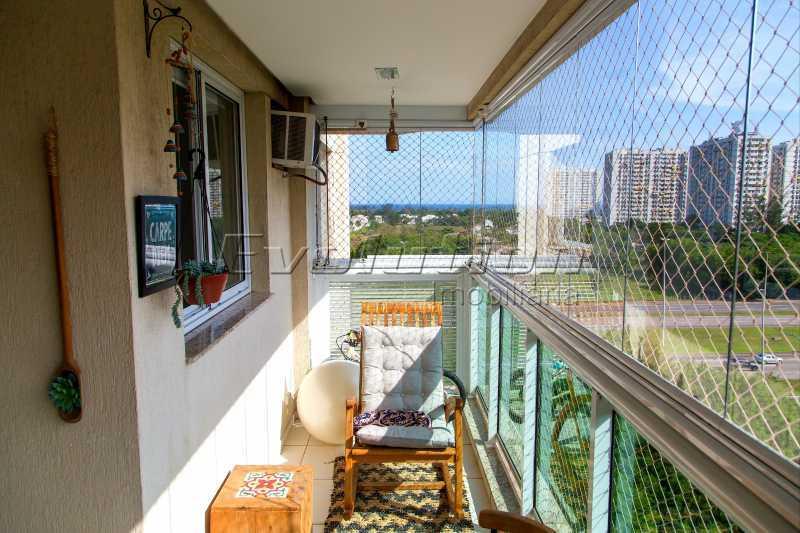 Varanda Gourmet - Apartamento a venda no condomíno Blue das Américas. - EBAP30032 - 8