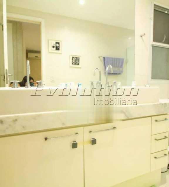 Banheiro suíte - Apartamento sol da manhã condomínio Blue das Américas - EBAP20023 - 16