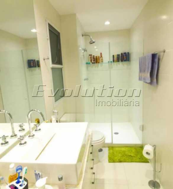 Banheiro suíte - Apartamento sol da manhã condomínio Blue das Américas - EBAP20023 - 17
