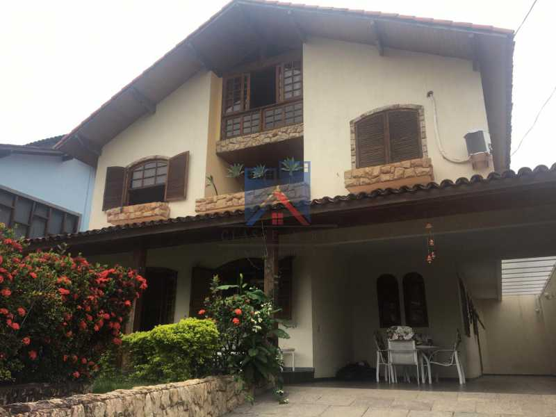 Rio de Janeiro casa condominio ALUGUEL Anil